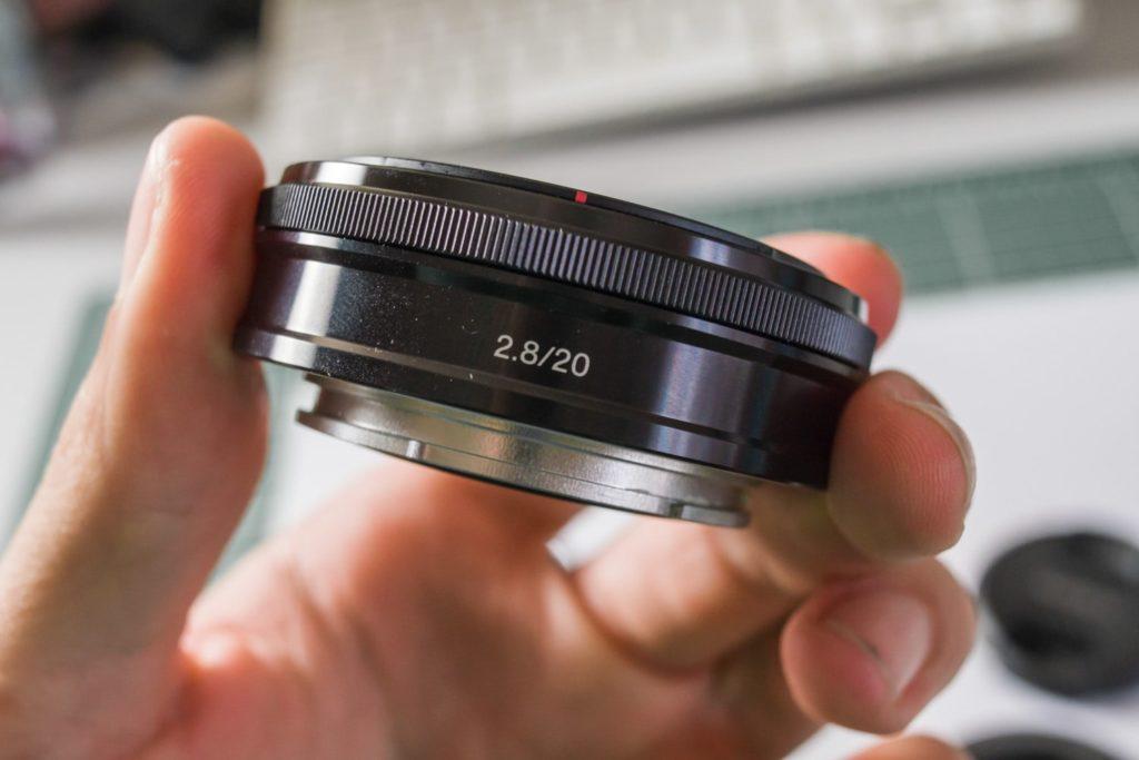 l'objectif pancake Sony E 20mm f/2.8
