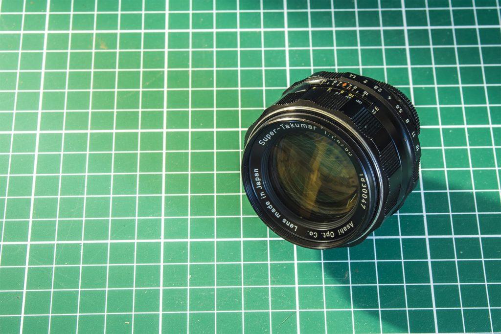 le super takumar F/1.4 d'une focale de 50mm